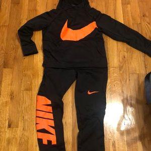 Nike boys jog suit